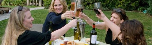 cheers_women_01