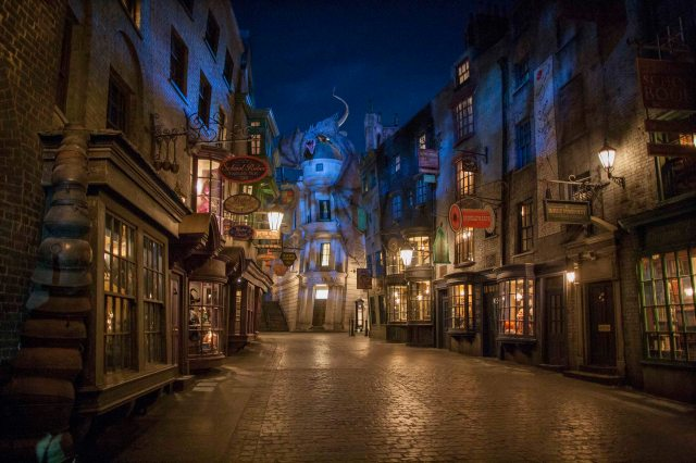Diagon Alley_1_LR