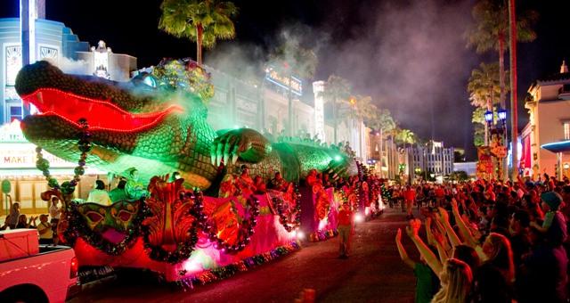 King Gator Float Mardi Gras at UOR LR