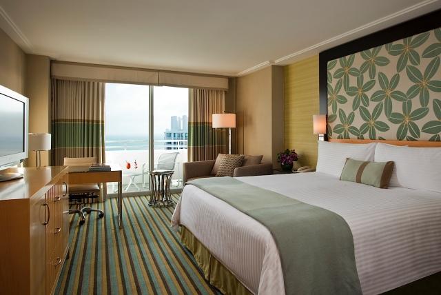 LMIA_53742054_Premium_Room_2000x1340_150dpi