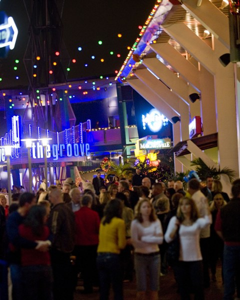 December 13, 2008 - CityWalk Crowd scenes for Orlando Sentinel's Central Florida Business section story by Scott Powers. The Groove, Margaritaville, Latin Quarter, Upper Promenade, stage, entertainment, Pastamore exteriors.