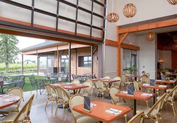 vineyardcafe2