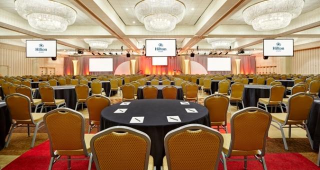 HH_ballroom01_32_675x359_FitToBoxSmallDimension_Center