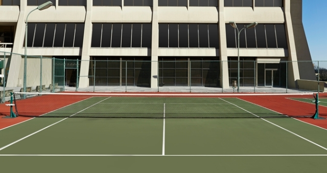HH_tenniscourt01_29_675x359_FitToBoxSmallDimension_LowerCenter