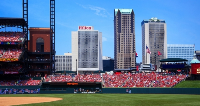 HH_hiltonballpark01_675x359_FitToBoxSmallDimension_Center