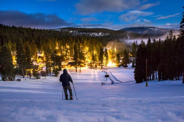 w-ski-hill-1024x682