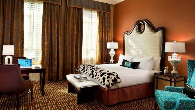 kimpton-hotel-monaco-denver-king-room-e8eaa44d